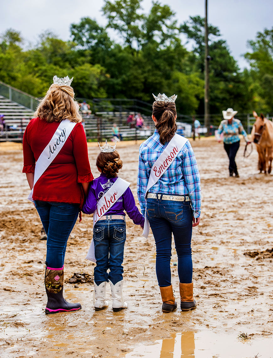 Mule days Benson queen for the day Raleigh portrait photography Bryan Regan