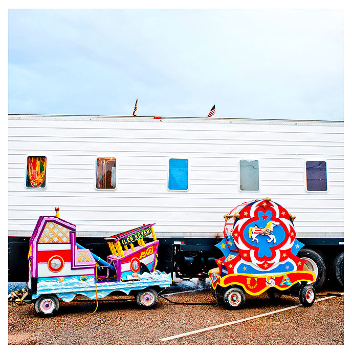 contemporary photography Bryan Regan Cole Brothers Circus