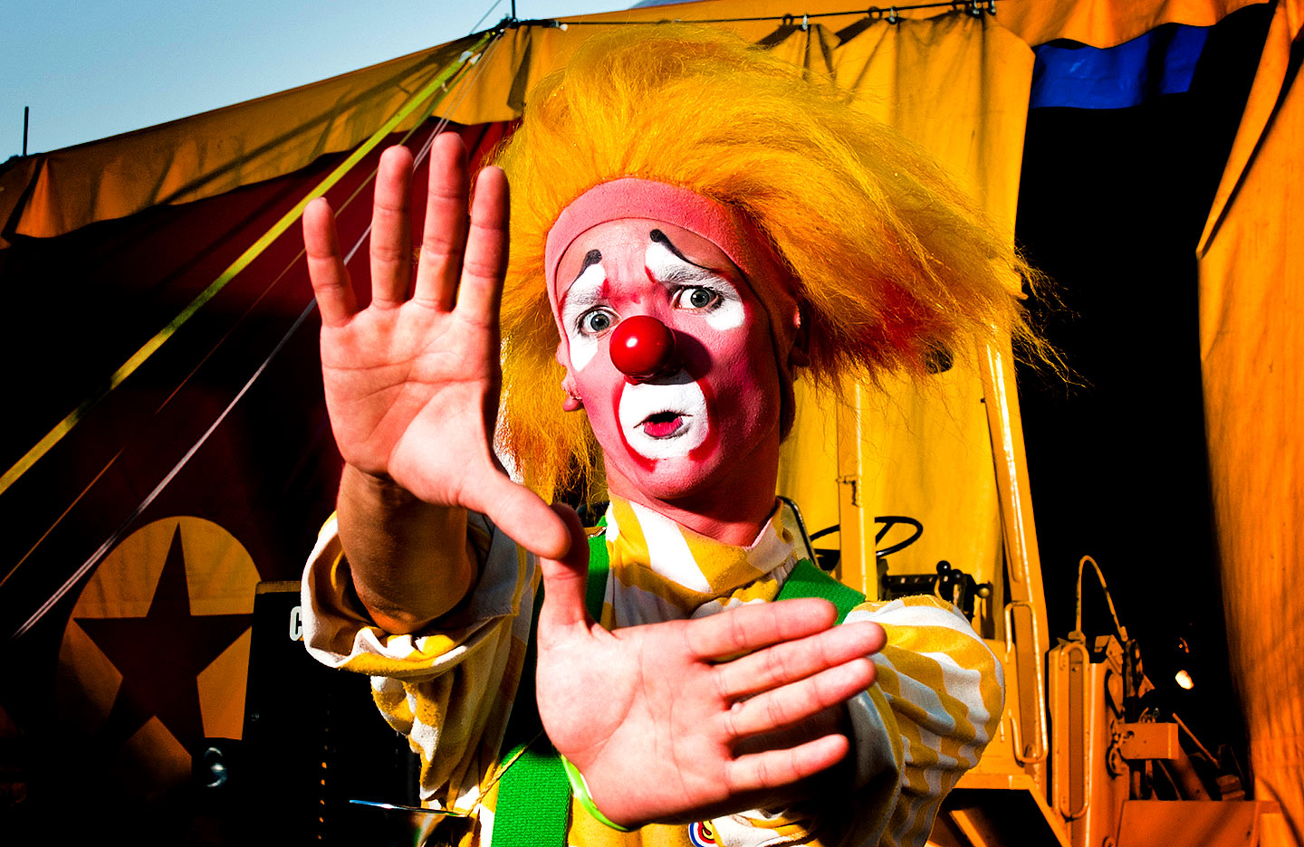 clowning around Raleigh circus photography and portraits