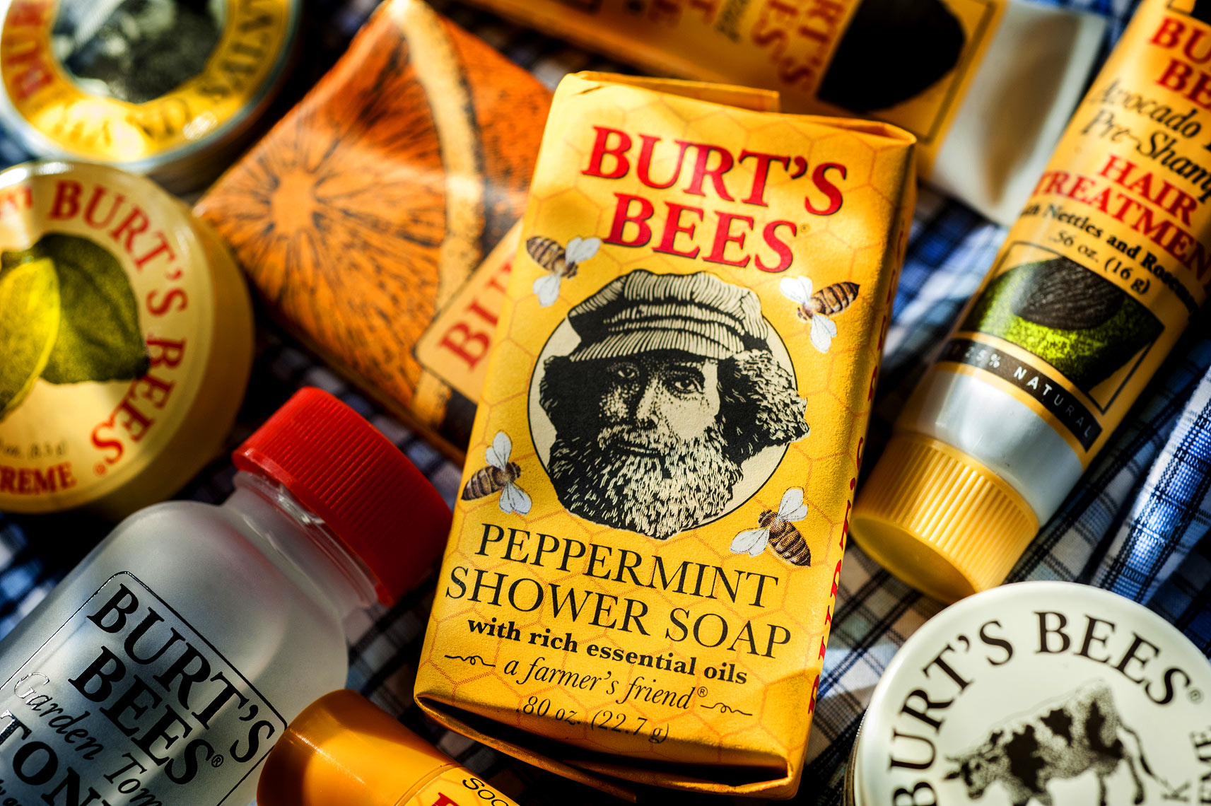 Raleigh product photography Burts Bees